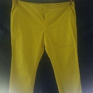 Wothington yellow capri pants